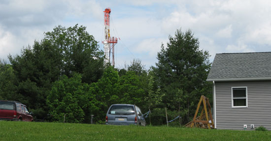 gas drilling well in PA - credit Jay Simpson
